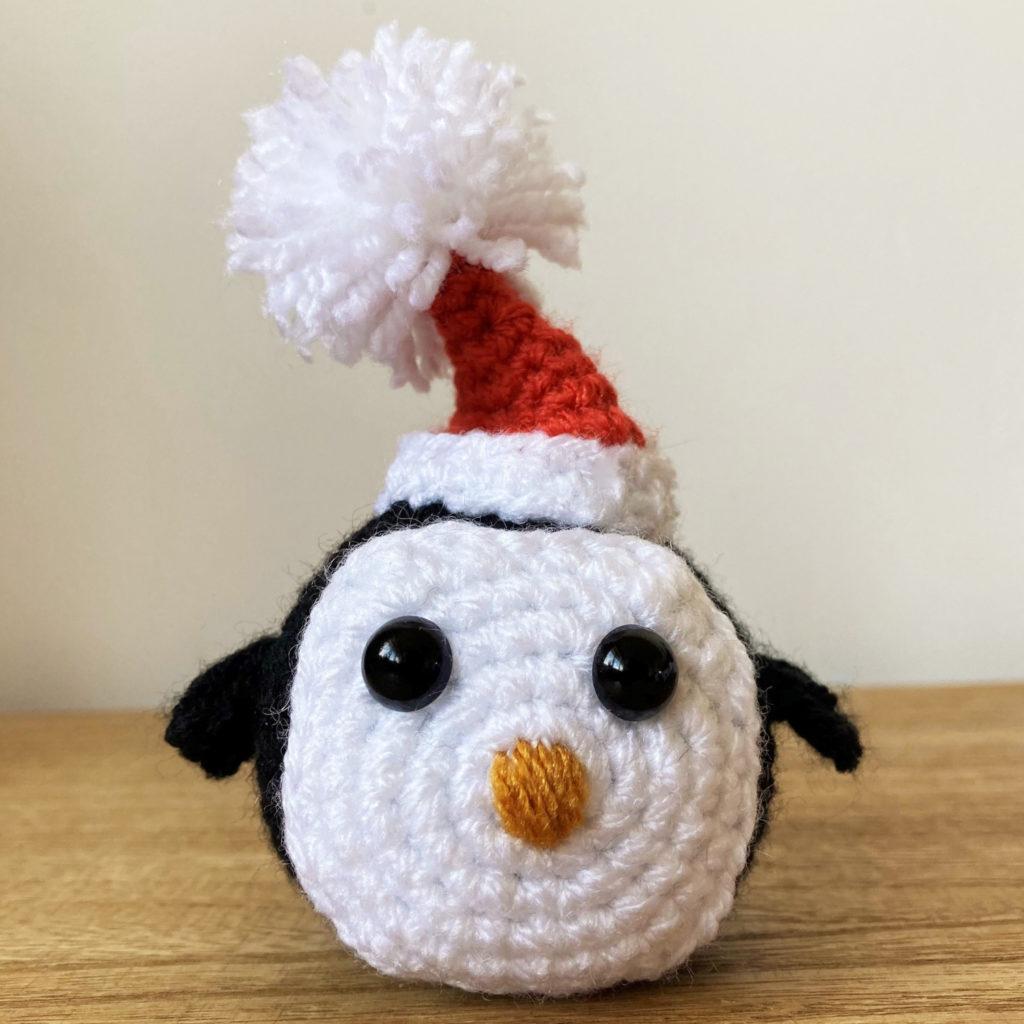 Christmas Penguin crochet pattern